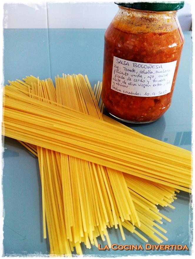 espaguetis bolognesa con queso curado
