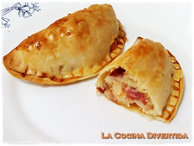 Empanadillas al horno de bacon y queso