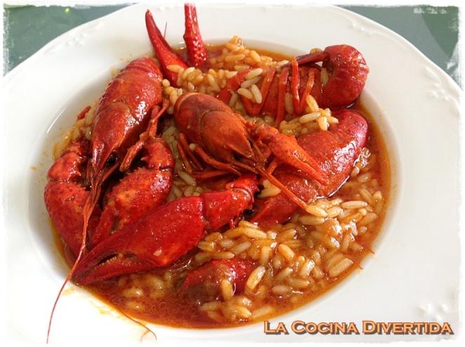 arroz candoso con cangrejos de rio