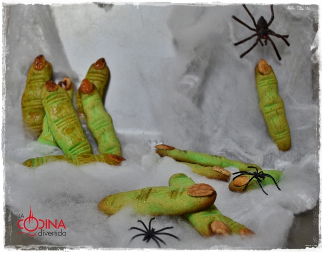 dedos bruja halloween
