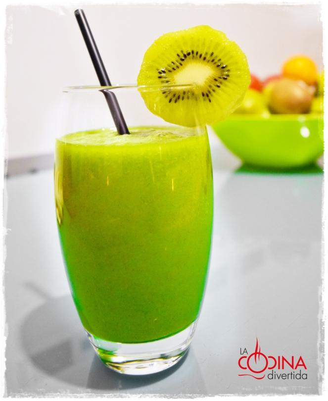 smoothie esponacas kiwi manzana